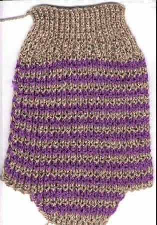 Длину свитера определяем следующим образом: нужно одеть на собаку ошейник так, что бы он был на ней свободно...