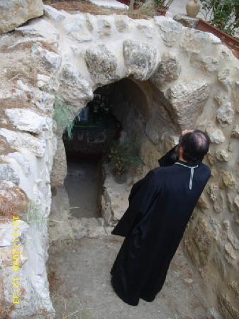 Пещера преподобного Харитона