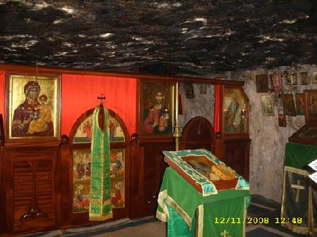 Церковь в Пещере Преподобного Харитона