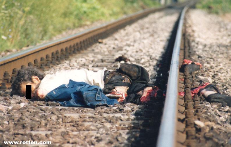 Смерть под поездом фото