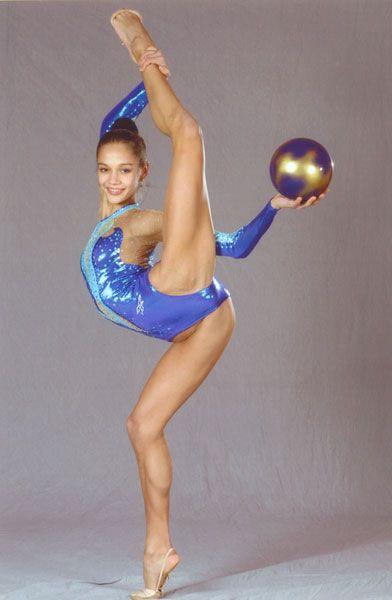 Голые знаменитости россии гимнастки принимаю
