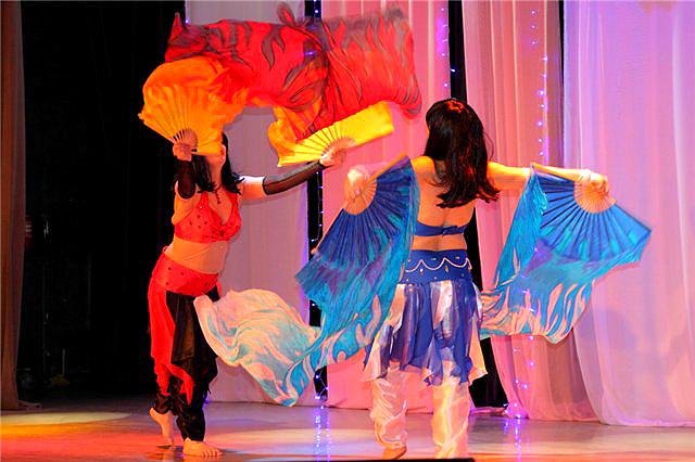 Танцевальные атрибуты 95