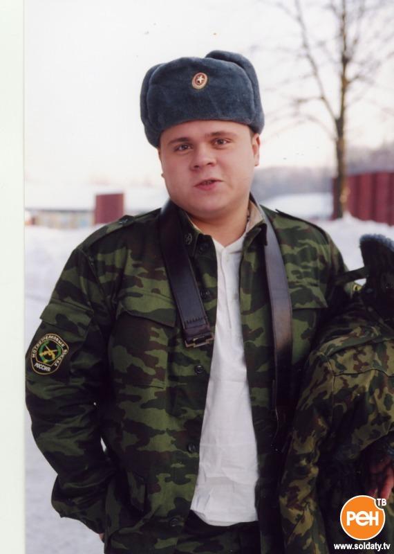 район, кого играл мальцев в солдатах станции Красноярск-Пасс